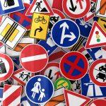 Kvalitní dopravní značení pomáhá zajistit bezpečnost na silnicích